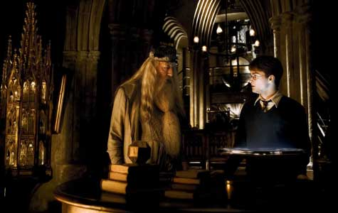 Dumbledore-Harry-Potter-teacher