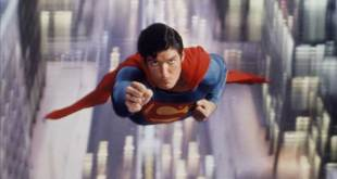 superman-christopher-reeve-flying