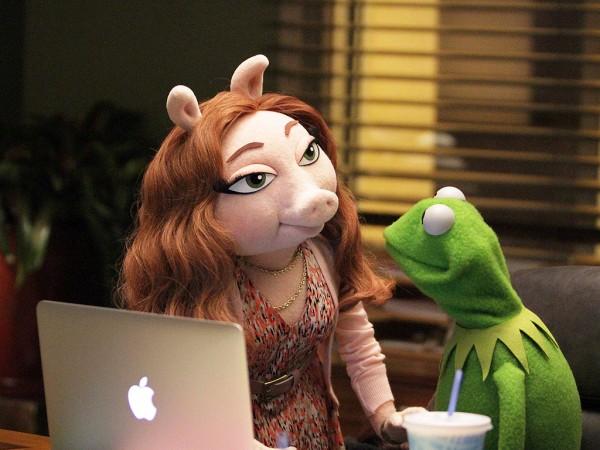 muppets tv abc kermit girlfriend denise pig
