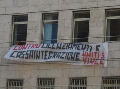 Ufficio Lavoro Napoli : Napoli occupare ufficio finto per reclamare lavoro vero popoff