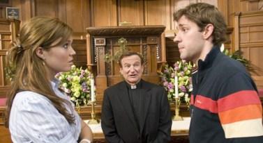 Licenza di matrimonio, regia di Ken Kwapis (2007) «Dicono che per provare un dolore simile al parto un uomo dovrebbe tirarsi lo scroto fin sopra la testa!»