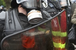 10328243-manifestation-du-14-juin-2016-direct-des-incidents-a-paris-grosse-mobilisation-contre-la-loi-travail