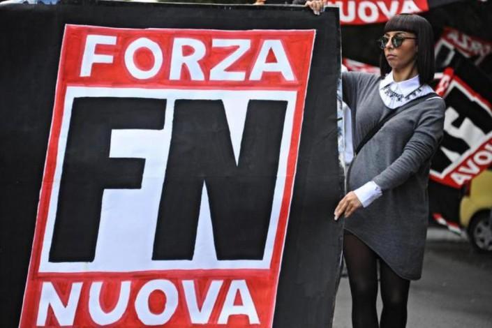 Gli amici di Forza Nuova che vorrebbero marciare su Roma