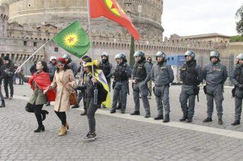 dalla parte del popolo kurdo