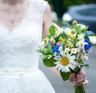 lyne-village-hall-wedding-4742-700x466