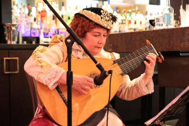 Yes, there was a lute player too...