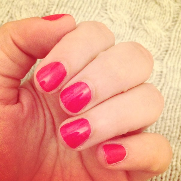 Poppy Loves: Manicure at Julie Nails, Notting Hill Gate