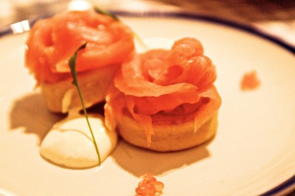 Inverawe Smoked Salmon, Potato Blinis, Crème Fraîche, Trout Roe - Bonnie Gull Seafood Cafe