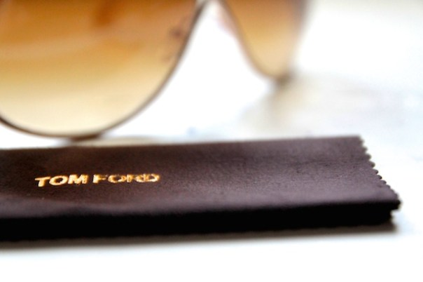 Tom-Ford-Miranda Sunglasses-Poppy-Loves-Lifestyle-Blog-2
