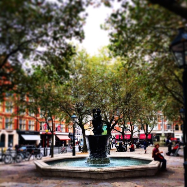 The fountain in Sloane Square
