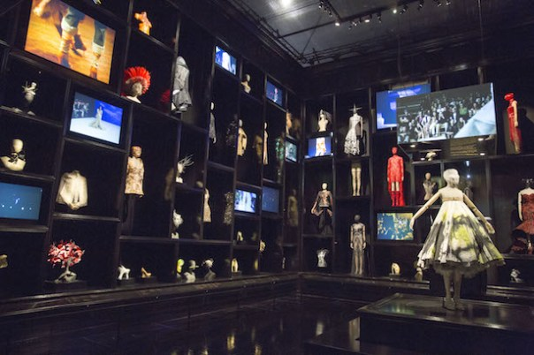 nstallation-view-of-Cabinet-of-Curiosities-gallery-Alexander-McQueen-Savage-Beauty-at-the-VA-c-Victoria-and-Albert-Museum-London