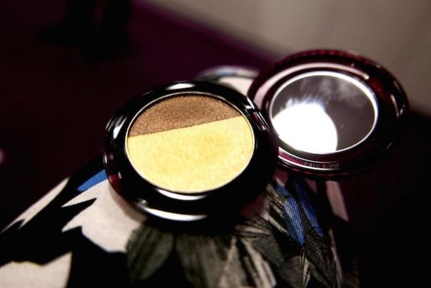Eye colour Mambo Mambo (001) - a harmonious pair of bronze and golden hues