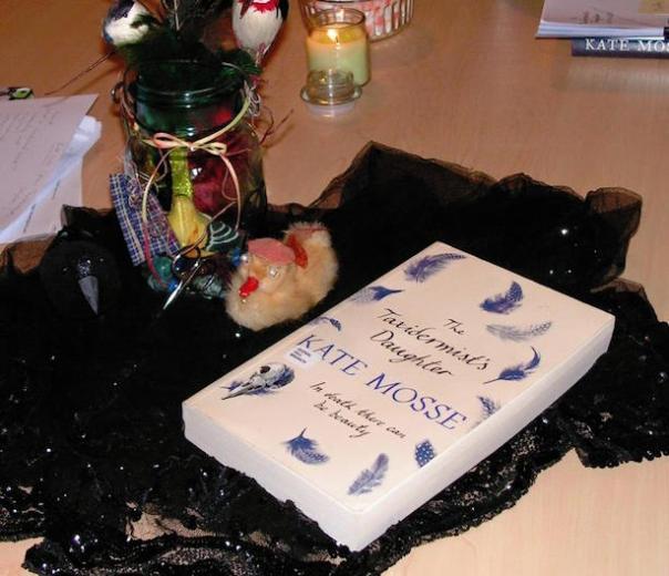 Poppy Loves Book Club