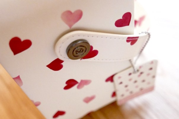 Emma Bridgewater Hearts Radio