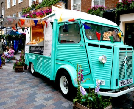 Poppy Loves Covent Garden