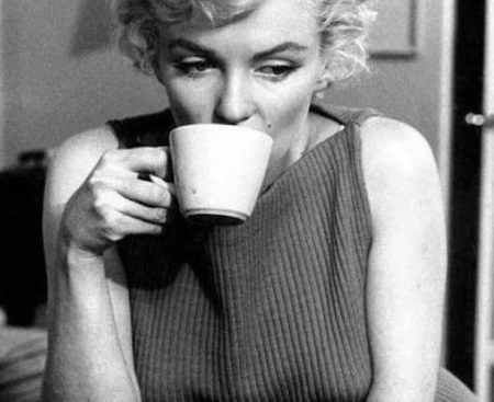marilyn drinking tea
