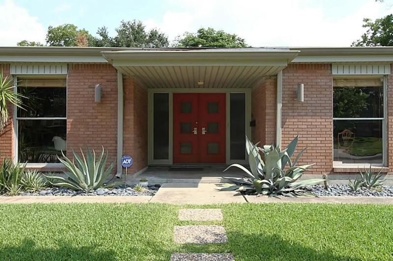 Atomic House Porch  Mid Century Homes  Pop Shop America