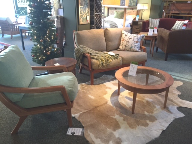Pompanoosuc Mills Furniture Showroom Manayunk | Handmade Furniture In  Vermont | Shopping Manayunk | Handmade In