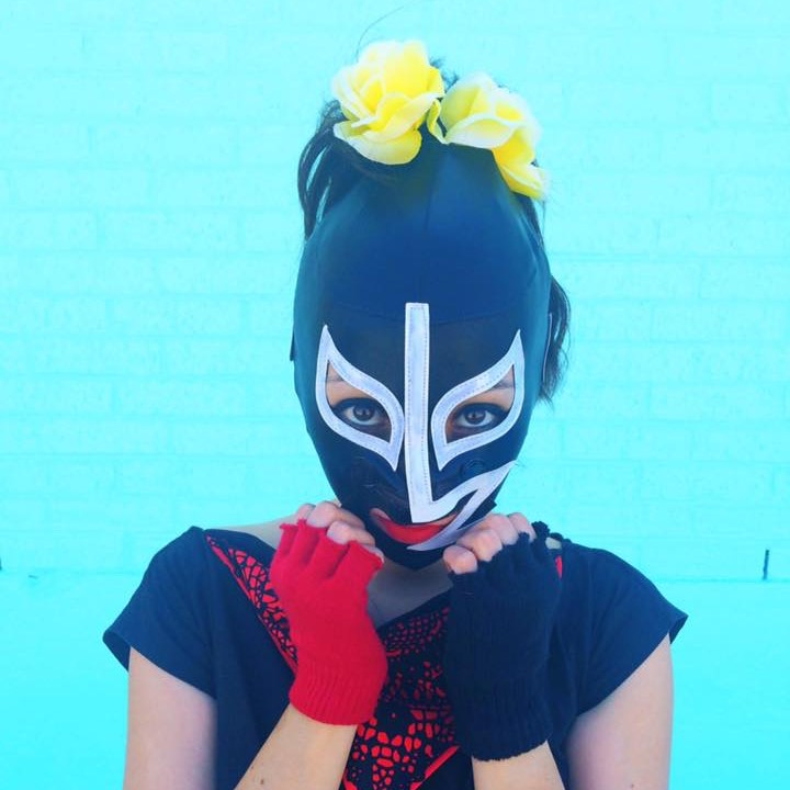 up close lady luchador photo shoot_cropped for feature image