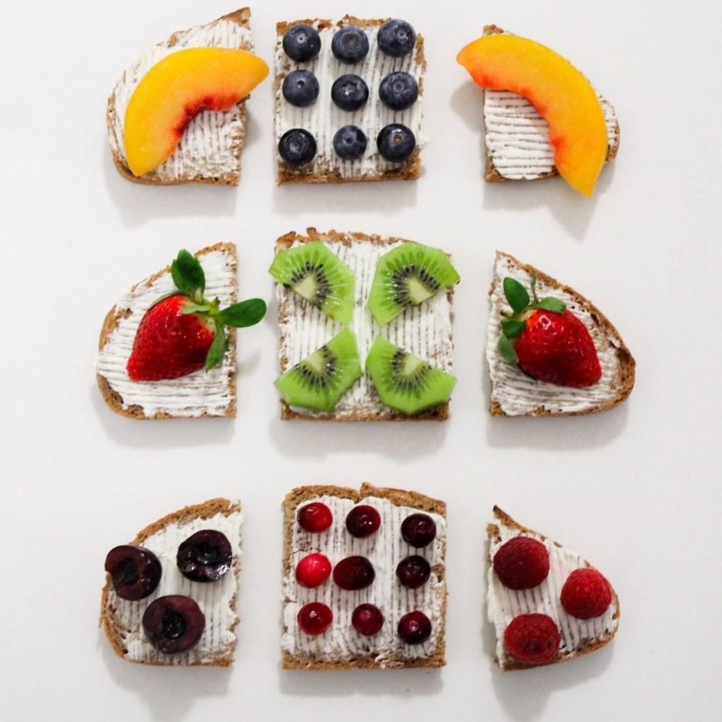 kiwi-blueberry-cream-cheese-topped-toast-recipe