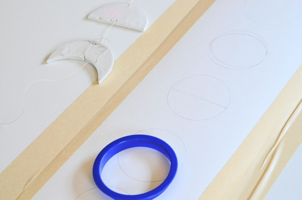 make-a-crescent-with-circle-stencil-moon-phase