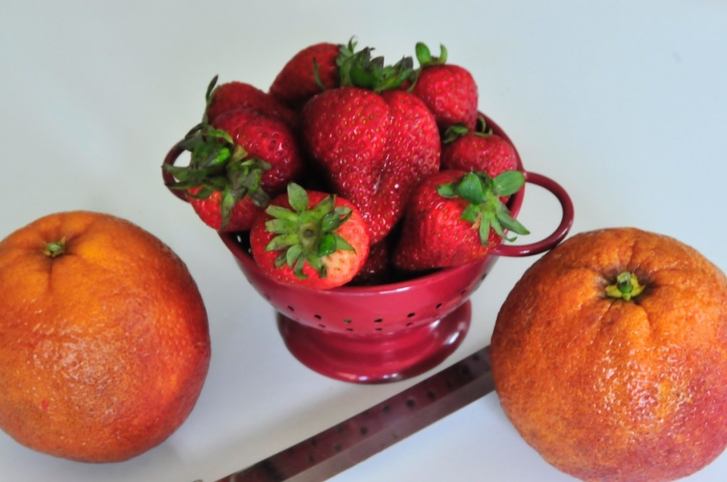 blood oranges and strawberries white wine sangria