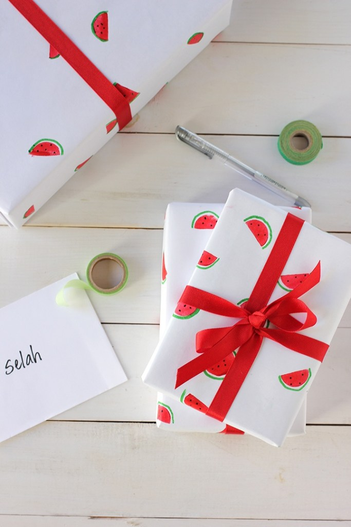 diy watermelon wrapping paper tutorial