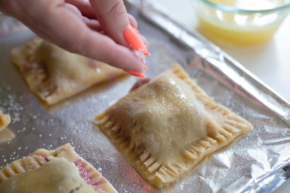 sprinkle with sugar to make mini cherry pies recipe