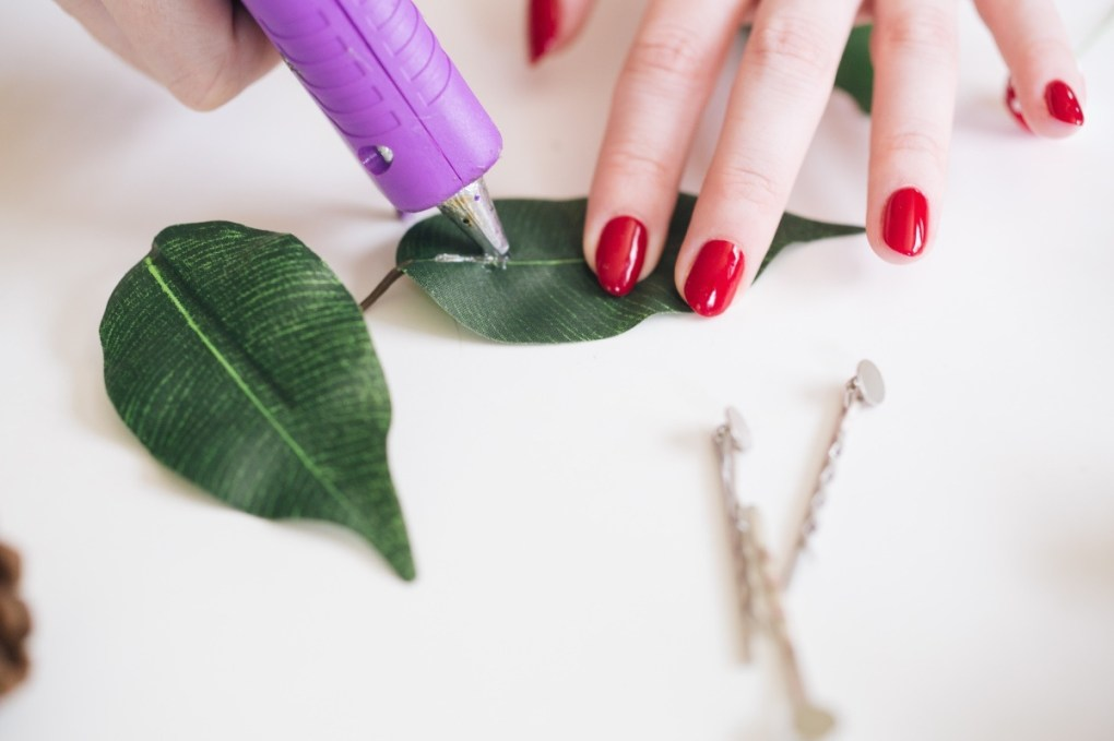 glue the leaves diy hair barrette pop shop america