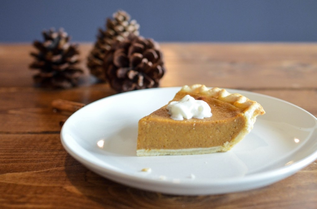 vegan pumpkin pie slice - recipe pop shop america
