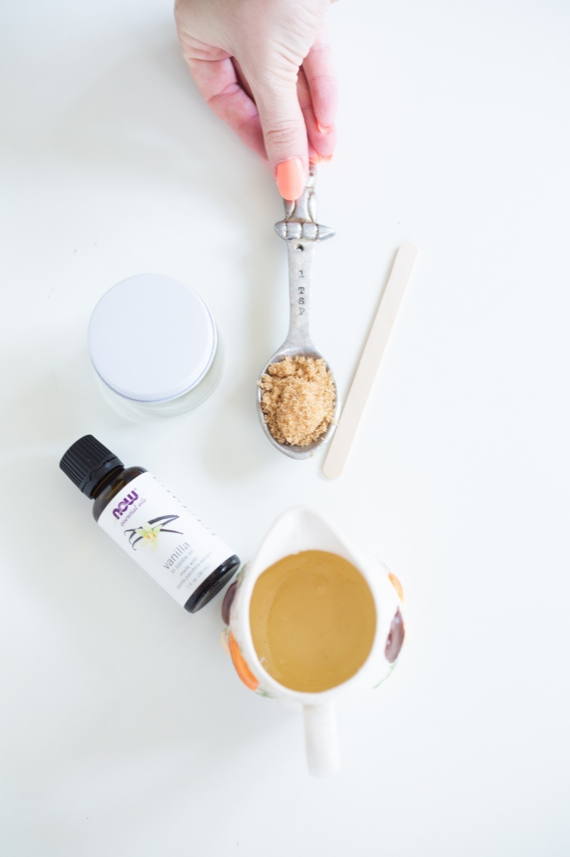 supplies to make diy vanilla brown sugar scrub craft tutorial