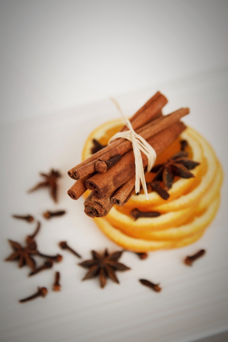 oranges cinnamon and spices to make classic mulled wine recipe