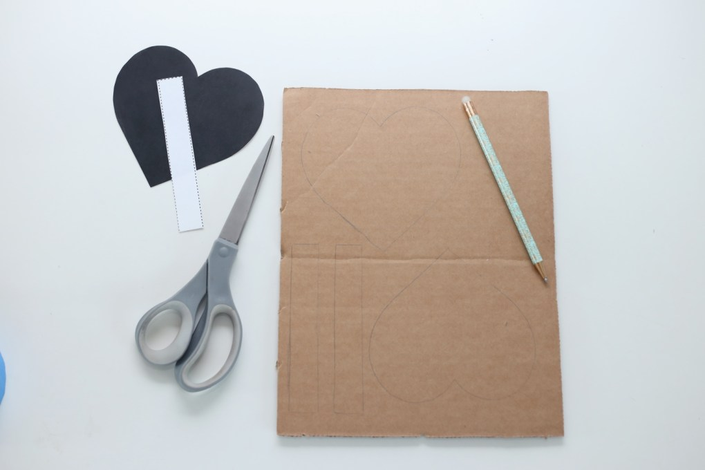 trace the heart template for a diy pinata tutorial pop shop america