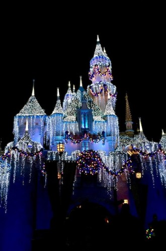 Travel: Disneyland Holidays