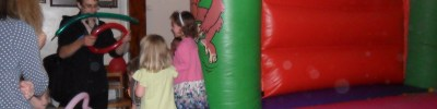 Salford kids entertainer , salford bouncy castle hire