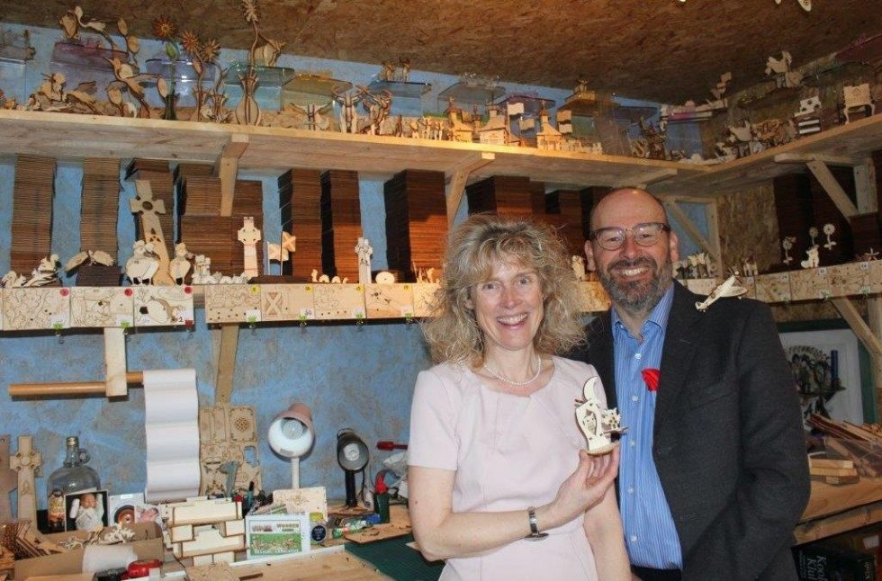 Fiona-and-Andy-Cox-of-Pop-Up-Designs-1024x675-1024x675 - New Moray business pops up in shops across the UK