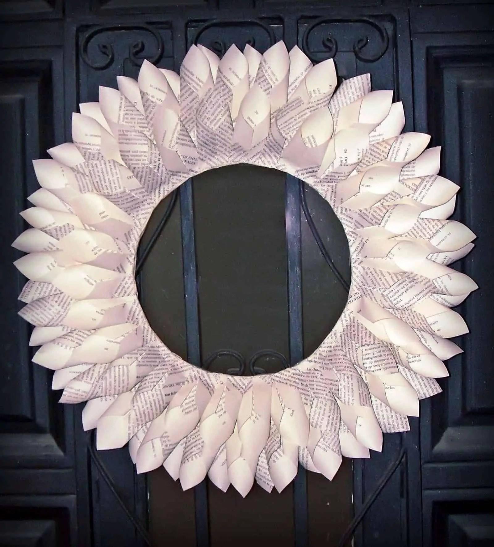 Como hacer una corona de navidad de papel - Como hacer coronas navidenas ...