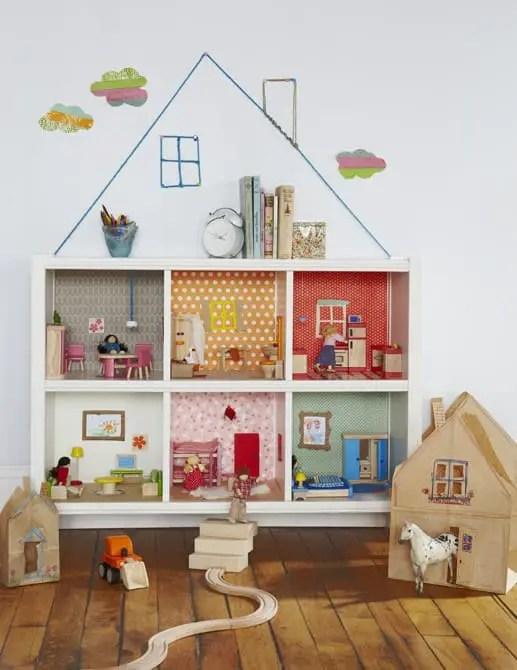 Casas de muñecas diferentes