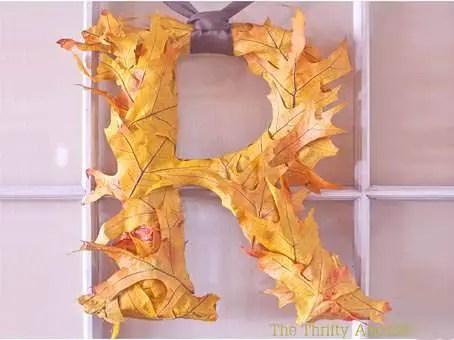 letras-con-hojas-secas
