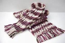 bufanda con flecos
