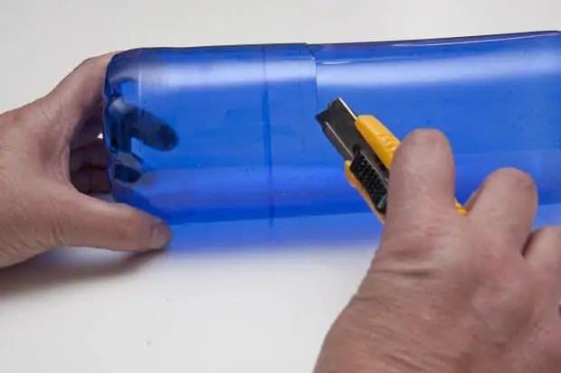 Reciclaje de botellas de plastico para hacer envases. Paso 2