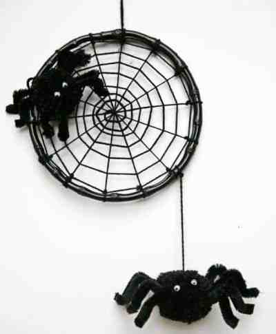 Colgante con arañas para halloween