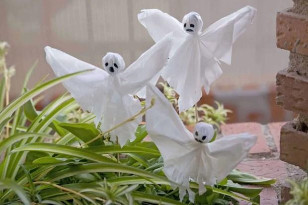 Fantasmas para decorar en Halloween