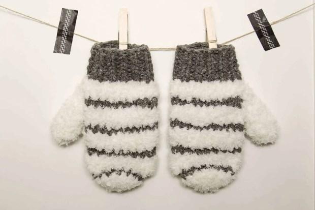 como tejer manoplas de lana