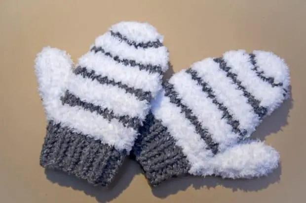 Tutorial fácil para tejer manoplas de lana - Por cuatro cuartos