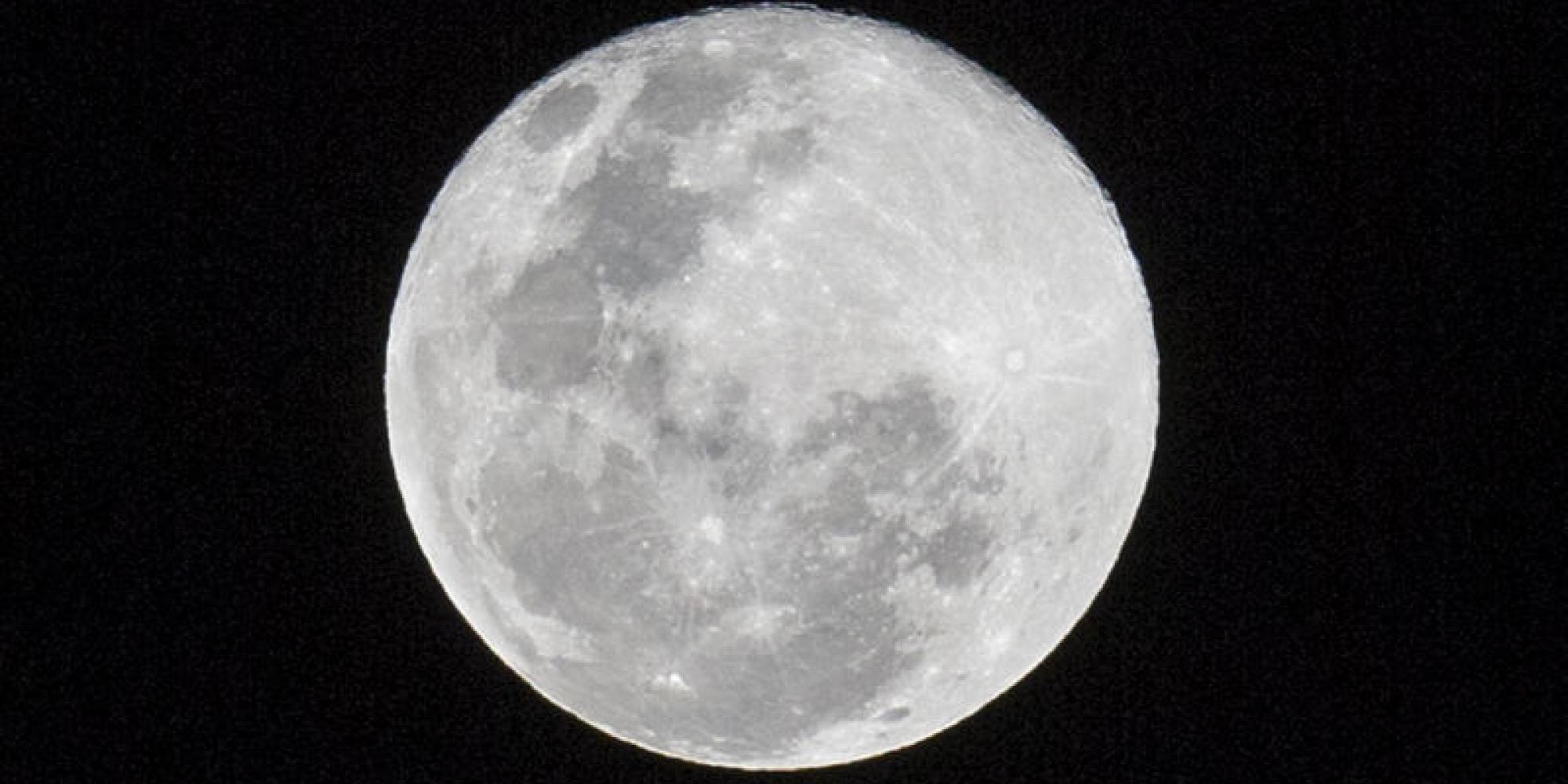 Si avvicina la notte della SuperLuna da record