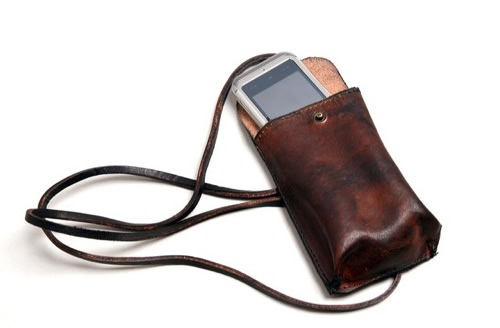 The Want | Royal RepubliQ Vintage Phone Pocket