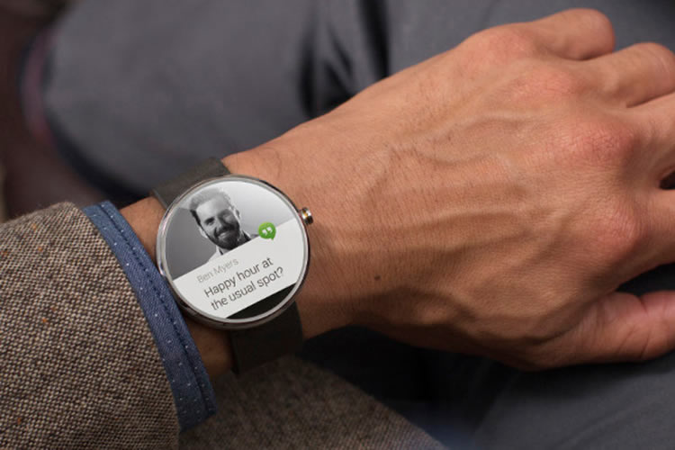 google-android-wear-os-for-wearables-motorola-1-750x500