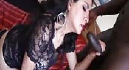 سكس-بنات-عراقية-موقع-الإباحية-رائعة-بعبوص-زباوي.jpg