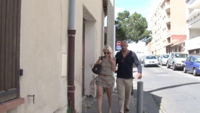 """Blonde trentenaire de Marseille nous invite à un """"  apéro-salope """" ! (vidéo exclusive)"""